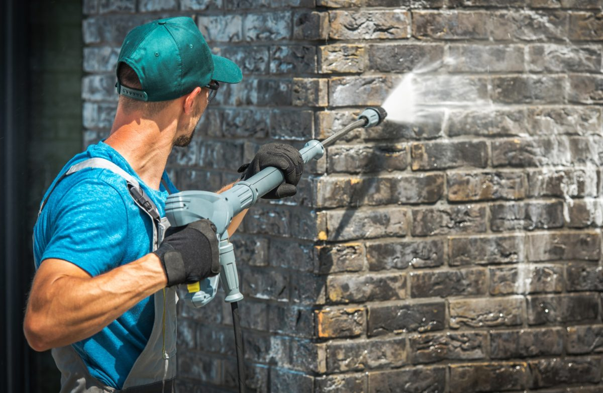 How to clean Brick Wall with Pressure Washer?