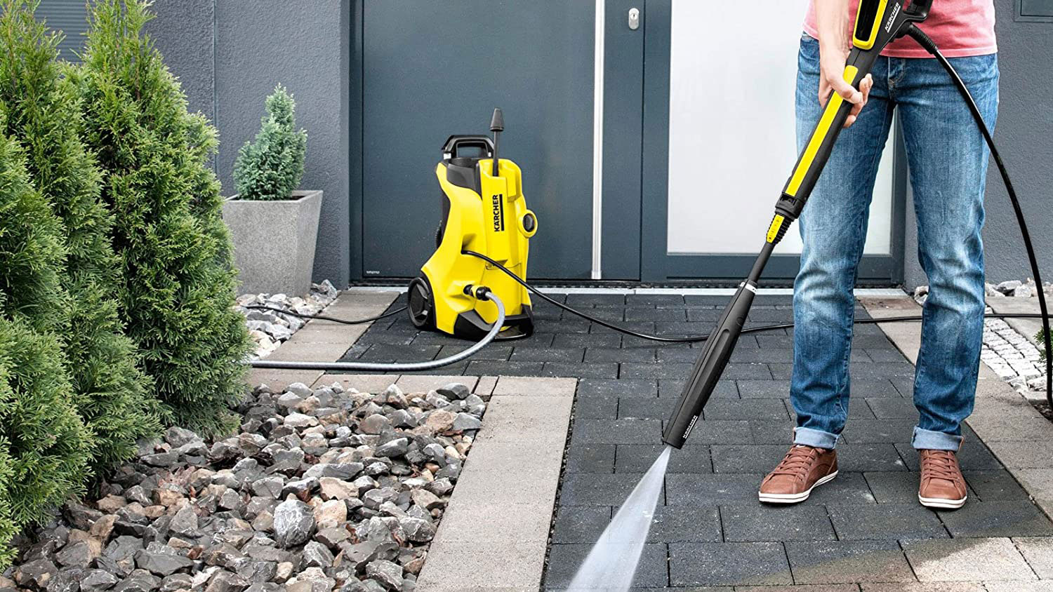 Pressure Washer Manual – Read Before Using A Pressure Washer